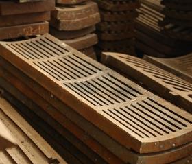 细缝型高锰钢筛板